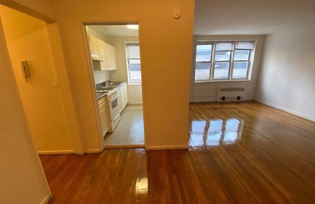 35 Barker ave 2 - 35 Barker Avenue, White Plains, NY 10601