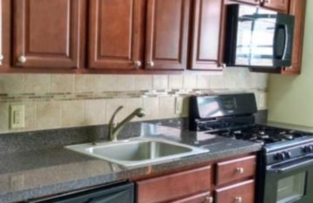 Clara Barton Apartments - 73 Wolff Ave, Fords, NJ 08837
