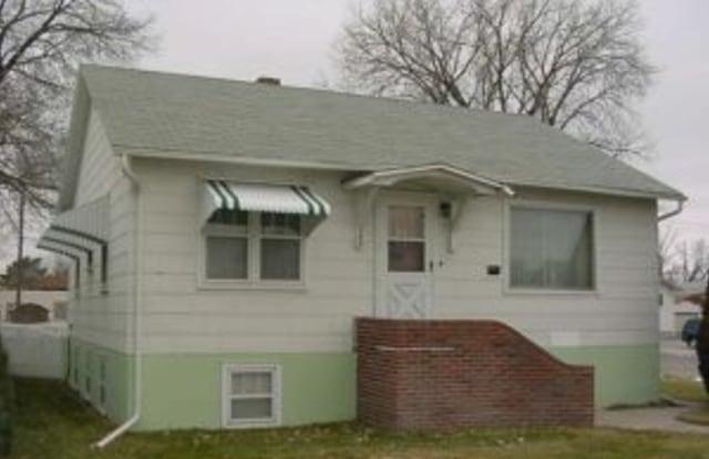 702 S Jeffers St - 702 South Jeffers Street, North Platte, NE 69101