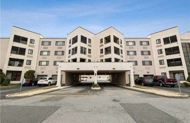 725 Miller Ave Avenue - 725 Miller Avenue, Freeport, NY 11520