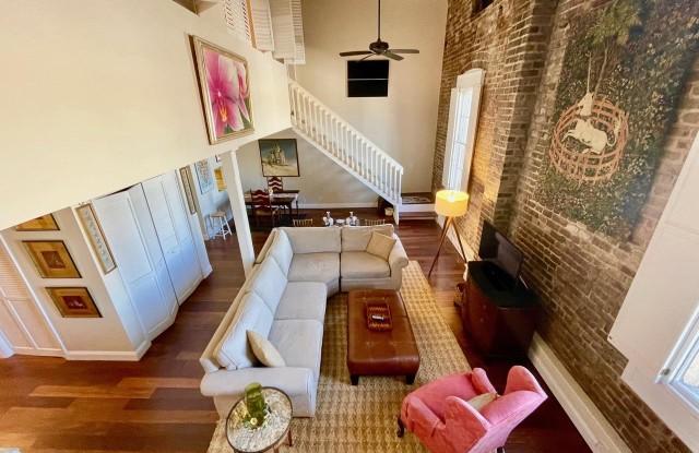 3 Queen Street - 3 Queen Street, Charleston, SC 29401