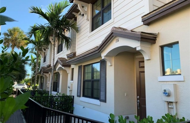 2723 NE 14 STREET - 2723 Northeast 14th Street Causeway, Pompano Beach, FL 33062
