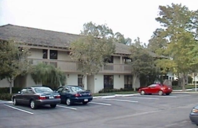 """403 Brackenwood Lane S - 403 Brackenwood Lane South, Palm Beach Gardens, FL 33418"""