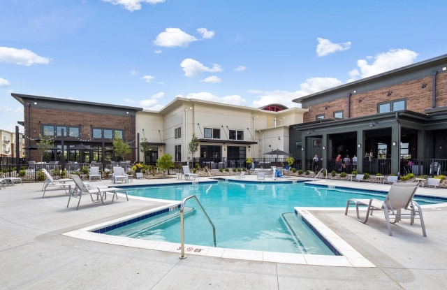 Marina Lofts - 625 Riverside Drive, Toledo, OH 43605