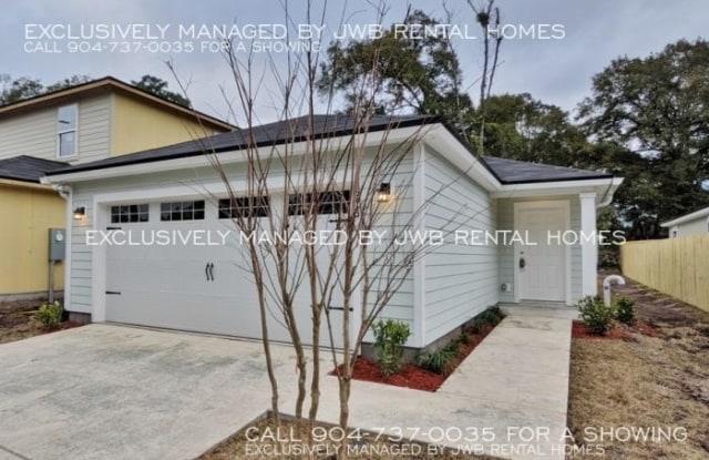 8213 Free Ave - 8213 Free Avenue, Jacksonville, FL 32211