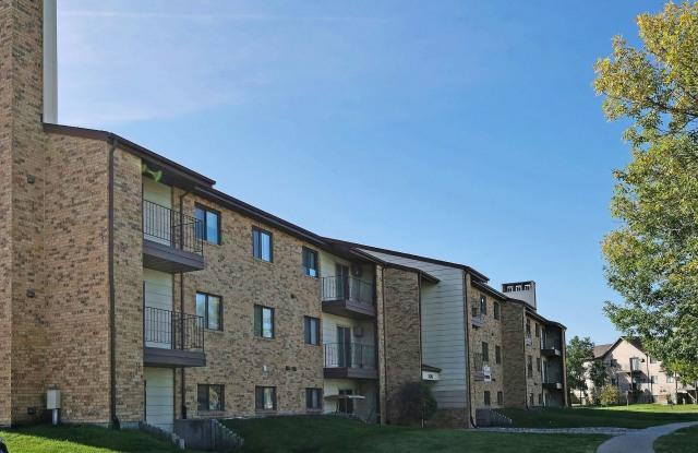 Westcourt - 1820 40th St SW, Fargo, ND 58103