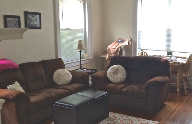 5819 5th Ave Apt 2 - 5819 Fifth Avenue, Pittsburgh, PA 15232