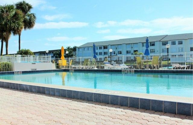 104 Paradise Harbour Boulevard - 104 Paradise Harbour Boulevard, North Palm Beach, FL 33408