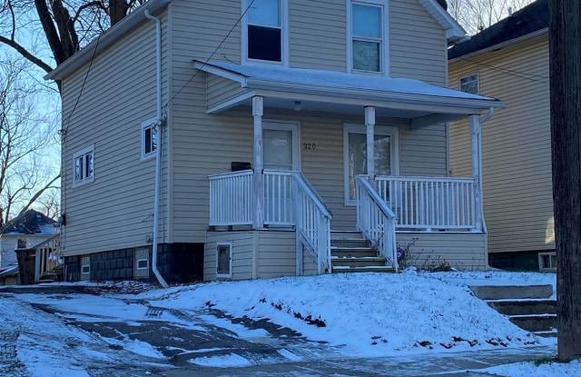 320 Whittemore St - 320 Whittemore Street, Pontiac, MI 48342