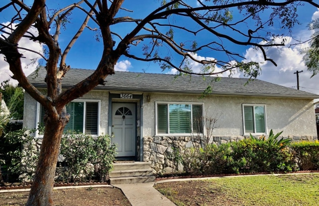 3664 Lomina Ave - 3664 Lomina Avenue, Long Beach, CA 90808