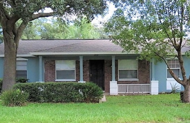 2212 Donegal Ct - 2212 Donegal Court, Valrico, FL 33594