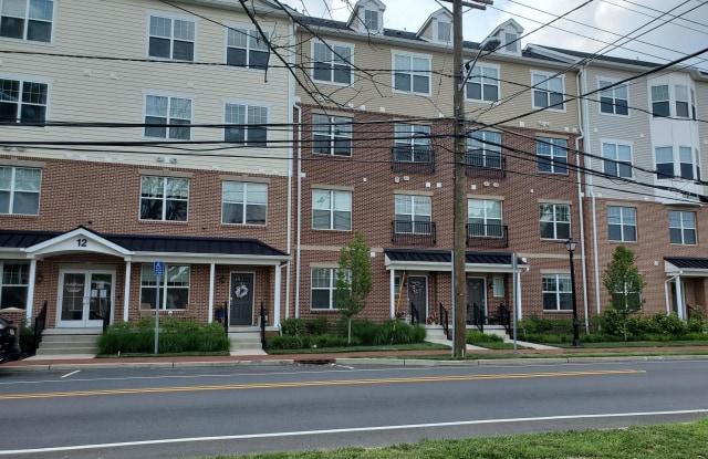 Jackie's Crossing - 12 S Maple Ave, Marlton, NJ 08053