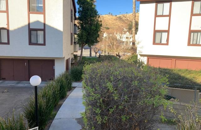 18142 Sundowner Way Unit 162 - 18142 Sundowner Way, Santa Clarita, CA 91387