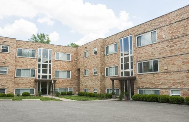 Rookwood Court - 2596 Madison Road, Cincinnati, OH 45208
