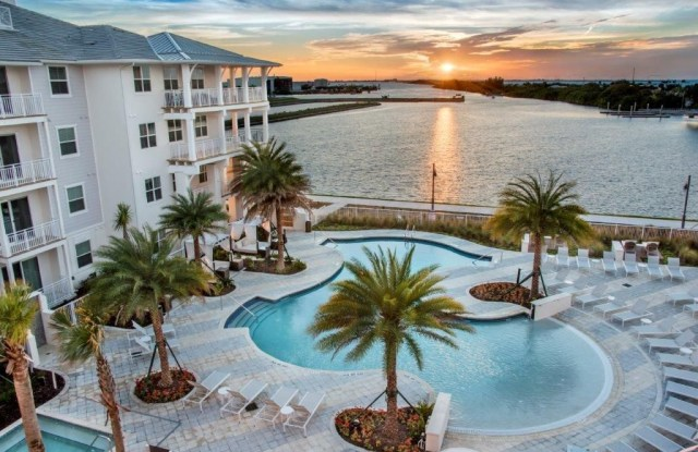 Town WestShore - 5001 Bridge Street, Tampa, FL 33611