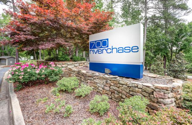 700 Riverchase - 700 Garden Woods Dr, Hoover, AL 35244