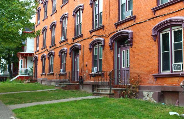 61 S HAMILTON ST - 61 South Hamilton Street, Poughkeepsie, NY 12601