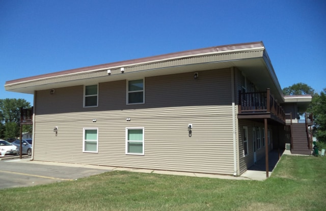 Terrace Heights - 505 4th Street Southwest, Minot, ND 58701