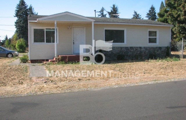 8833 SE 70th Ave - 8833 Southeast 70th Avenue, Clackamas County, OR 97206