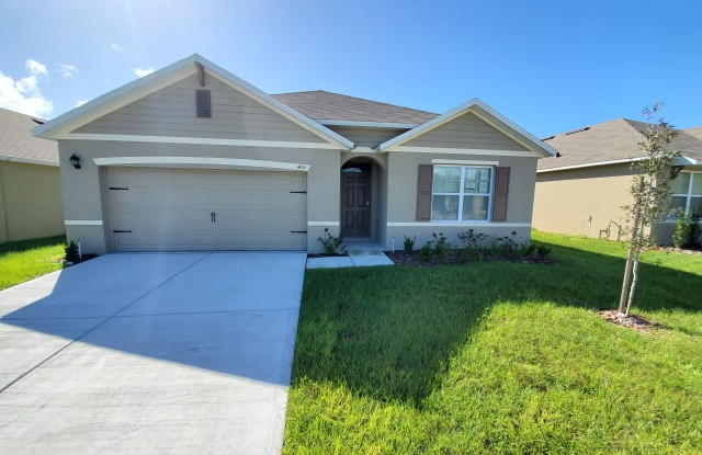 """""""405 Squires Grove Dr - 405 Squires Grove Drive, Eagle Lake, FL 33880"""""""