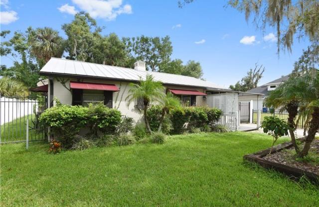 721 W SWOOPE AVENUE - 721 Swoope Avenue, Winter Park, FL 32789