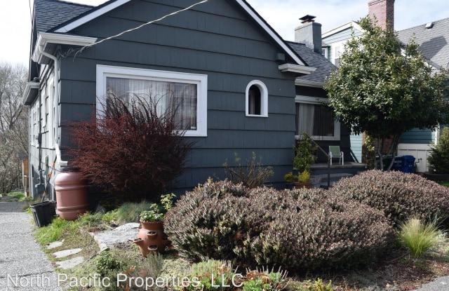 3211 14th Ave S - 3211 14th Avenue South, Seattle, WA 98144