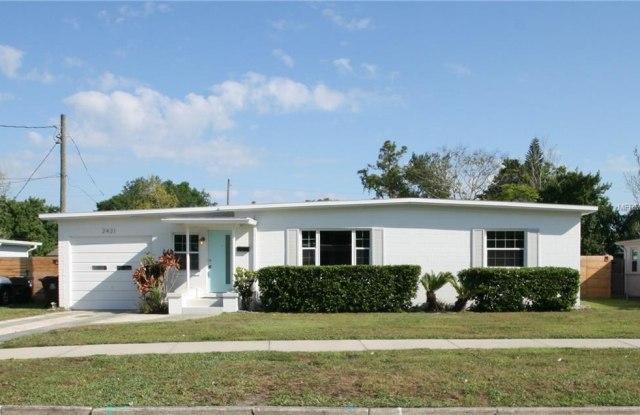 2421 JAMIE CIRCLE - 2421 Jamie Circle, Orlando, FL 32803