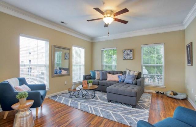 Worthington Apartments & Townhomes - 1526 Flat River Dr Ste 118, Charlotte, NC 28262