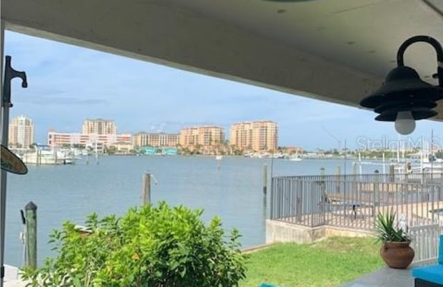 205 DOLPHIN POINT - 205 Dolphin Point, Clearwater, FL 33767