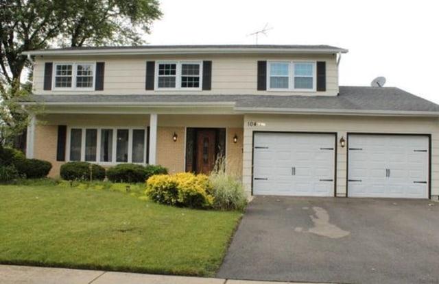 104 East Berkley Drive - 104 E Berkley Dr, Arlington Heights, IL 60004
