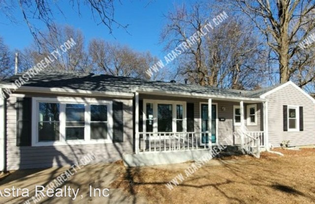 17004 E 3rd Ter N - 17004 East 3rd Terrace North, Independence, MO 64056