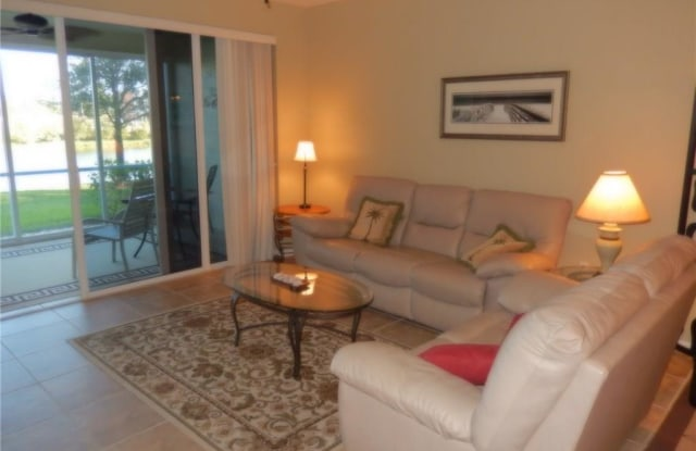 10115 Colonial Country Club BLVD - 10115 Colonial Country Club Boulevard, Fort Myers, FL 33913