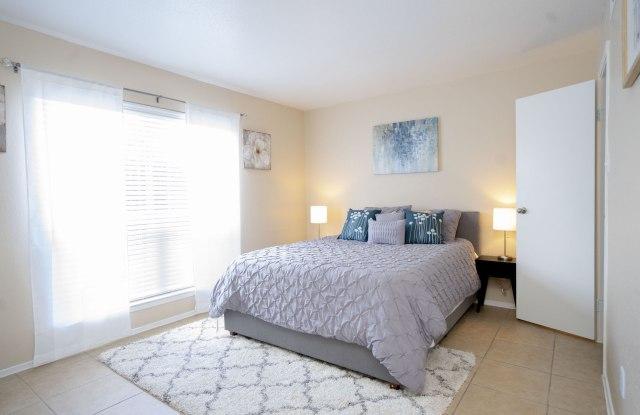 Hammerly Oaks - 8791 Hammerly Blvd, Houston, TX 77080