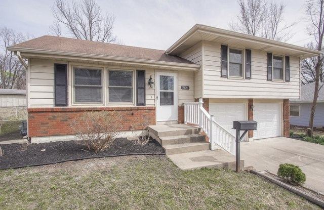 3425 South Leslie Avenue - 3425 S Leslie Ave, Independence, MO 64055