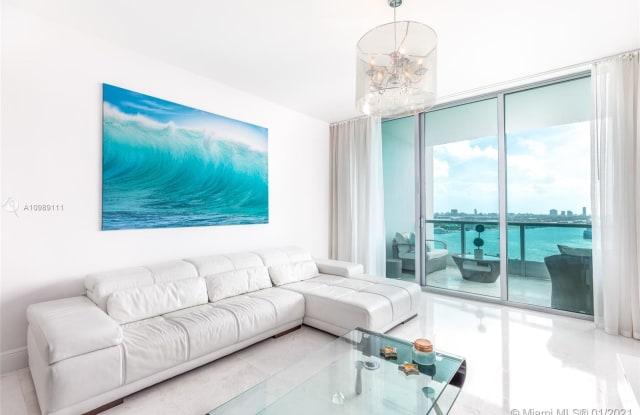 900 Biscayne Bay - 900 Biscayne Blvd, Miami, FL 33132
