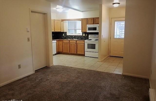1221 Walnut Street - 1221 Walnut Street, Helena, MT 59601