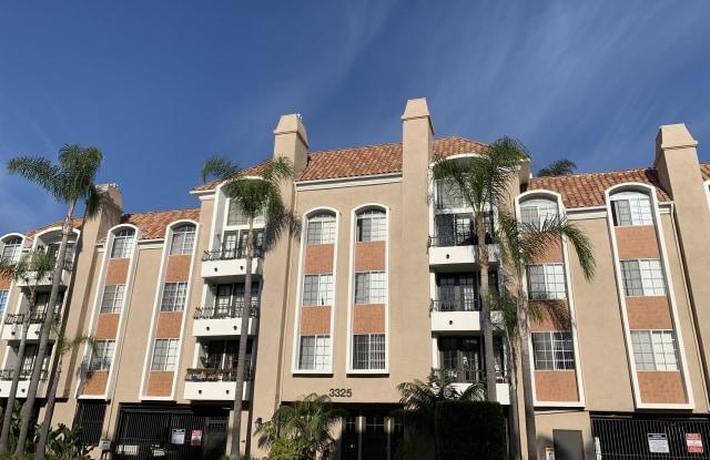 3325 Castle Heights Avenue - 3325 Castle Heights Avenue, Los Angeles, CA 90034