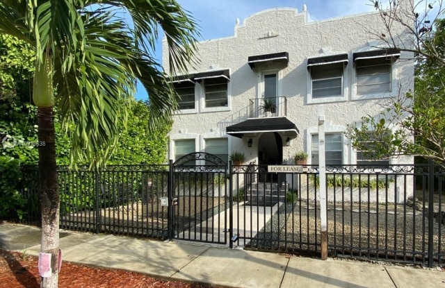 1661 SW 13th St - 1661 Southwest 13th Street, Miami, FL 33145