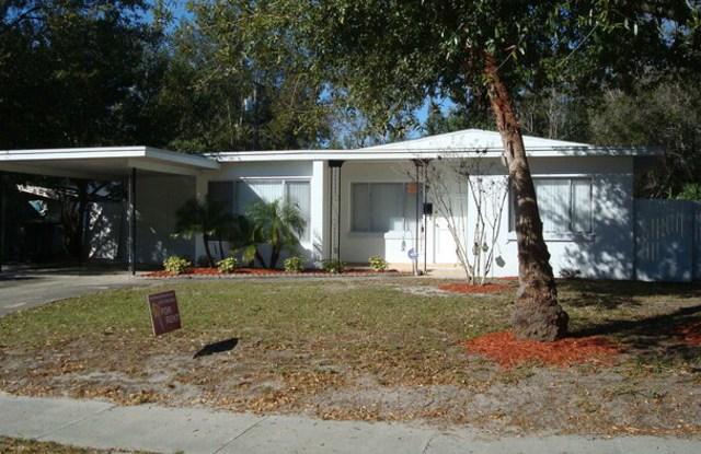 1300 Bennett Road - 1300 Bennett Road, Orlando, FL 32803