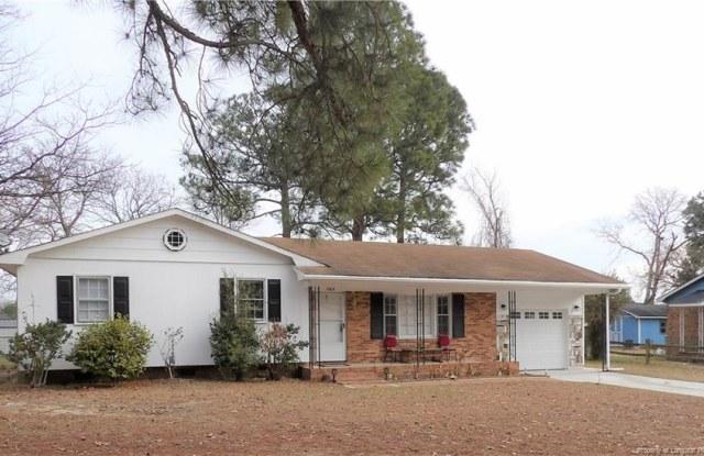 1905 Shiloh Drive - 1905 Shiloh Drive, Fayetteville, NC 28304