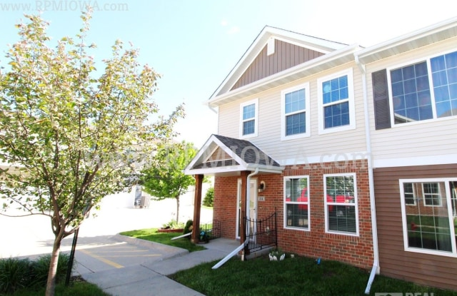 9055 Coneflower Drive #114 - 9055 Coneflower Drive, West Des Moines, IA 50266