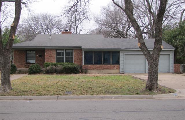3904 Acacia Street - 3904 Acacia Street, Fort Worth, TX 76109