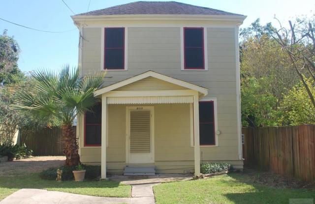 3015 Ave O - 3015 Avenue O, Galveston, TX 77550