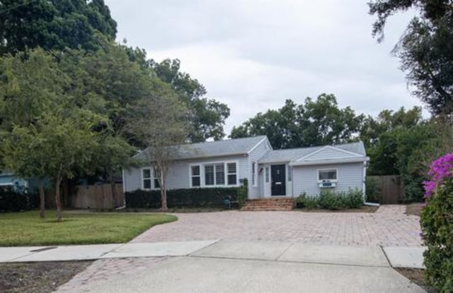 2210 Vivada Street - 2210 Vivada Street, Orlando, FL 32803