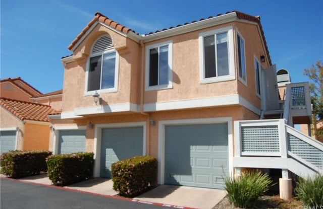 733 Vista Grande Way - 733 Vista Grande Way, Oceanside, CA 92057