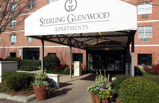 Sterling Glenwood - 3939 Glenwood Ave, Raleigh, NC 27612