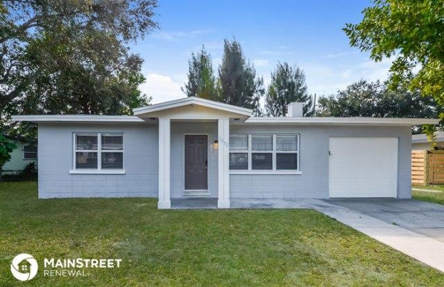 2350 Milford Circle - 2350 Milford Circle, Sarasota, FL 34239