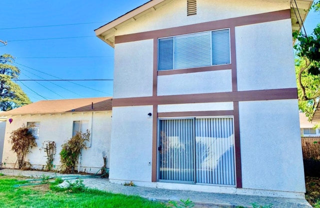 """1209 E Grand Blvd (Back Unit) - 1209 East Grand Boulevard, Corona, CA 92879"""