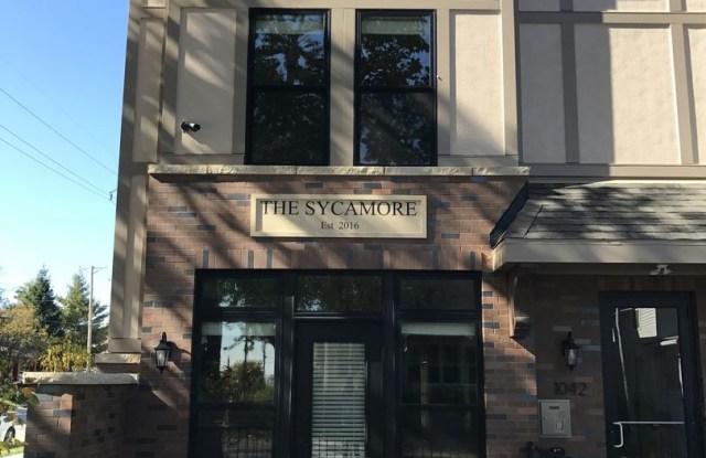 Sycamore Apartments - 1042 S 30th Ave, Omaha, NE 68105