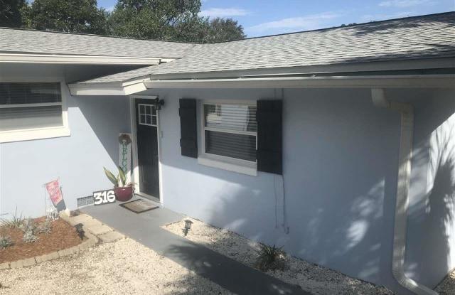 316 WASHINGTON AVE - 316 Washington Avenue, Gulf Breeze, FL 32561